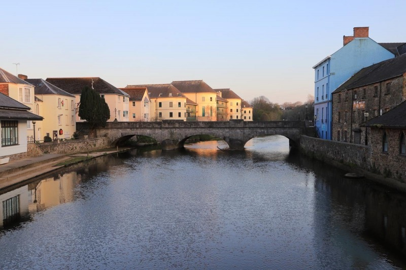 The 'New' Bridge and Council Buildings