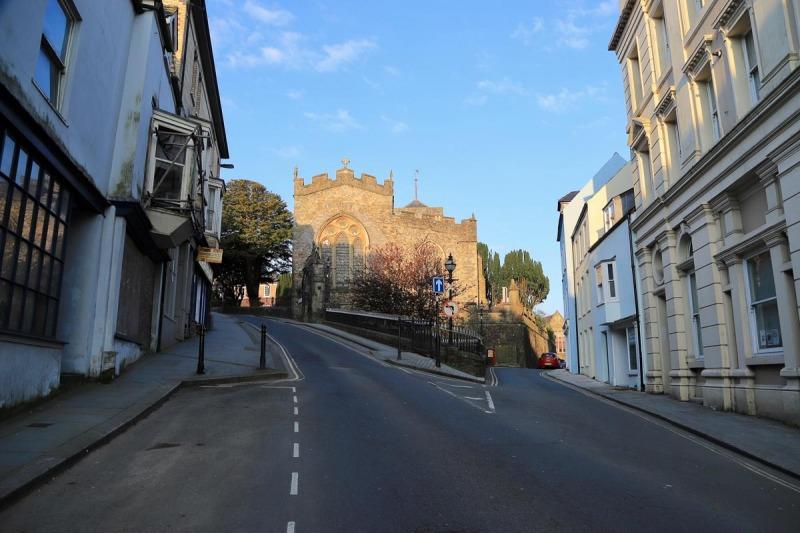 High Street looking towards St Mary's Church