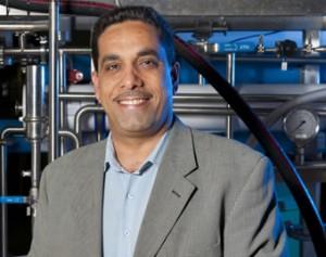 الدكتور عادل شريف وأهمية الماء والطاقة