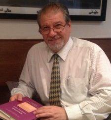 فناء وبقاء: موت اللغات وحياة اللغة العربية