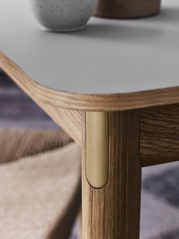 &Tradition-PatchTable-detail-oak