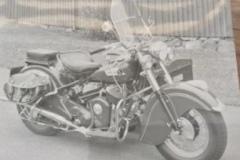 Sven_Hagman-Indian-Blackhawk-Chief-fran-1951-med-lastlada