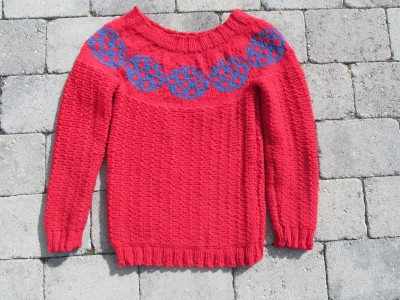 Knitted sweater footballs