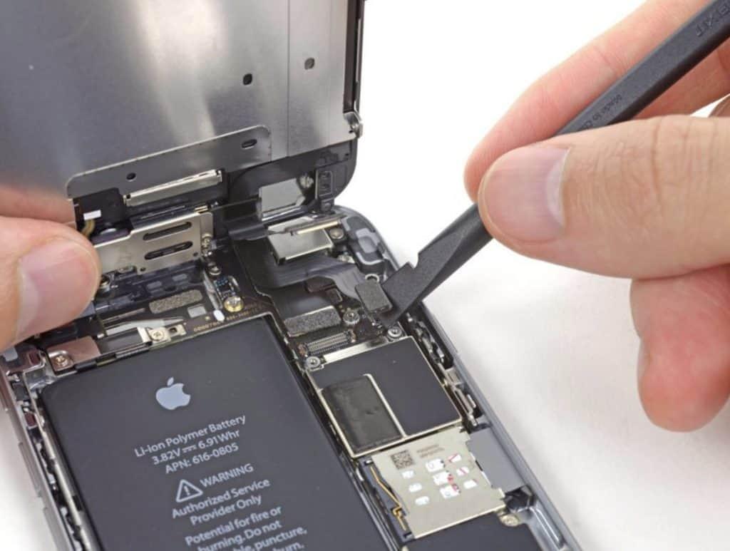 Bytte skjerm iPhone 6 - 15