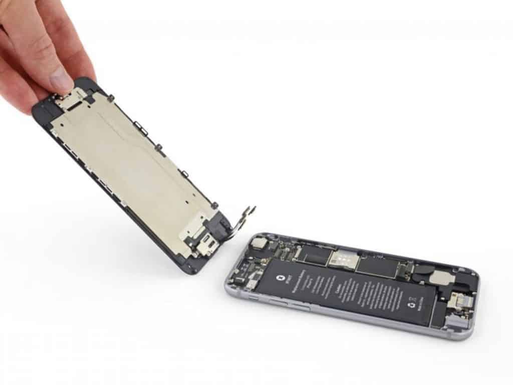 Bytte skjerm iPhone 6 - 17