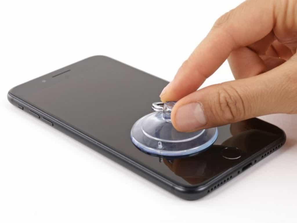 Bytter skjerm iPhone 7 Plus - 3