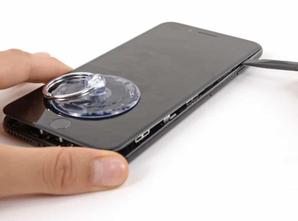 Bytter skjerm iPhone 7 Plus - 6