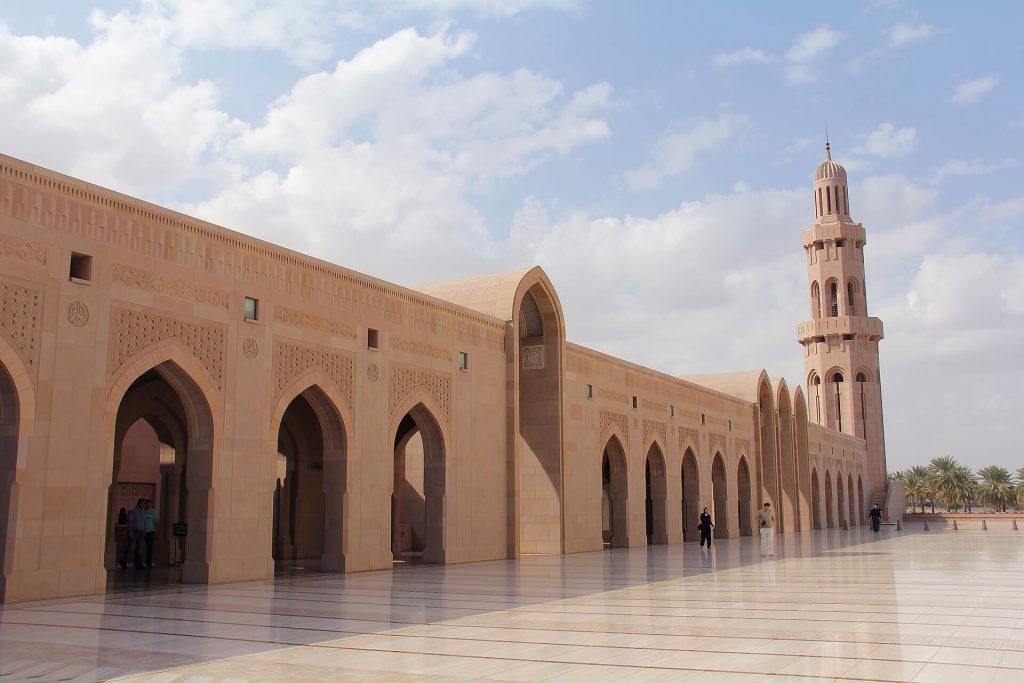 sultan-qaboos-grand-mosque-3228097