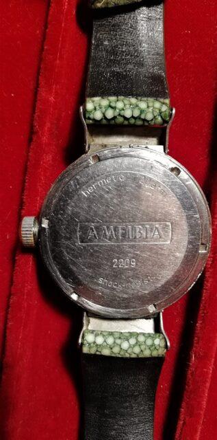 Vostok Amfibia caseback