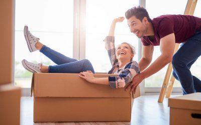 Flyttfirma som packar, flyttar och städar