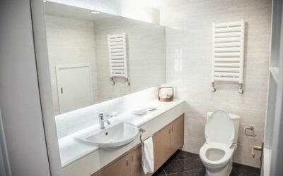 Så städar du badrummet i 9 enkla steg