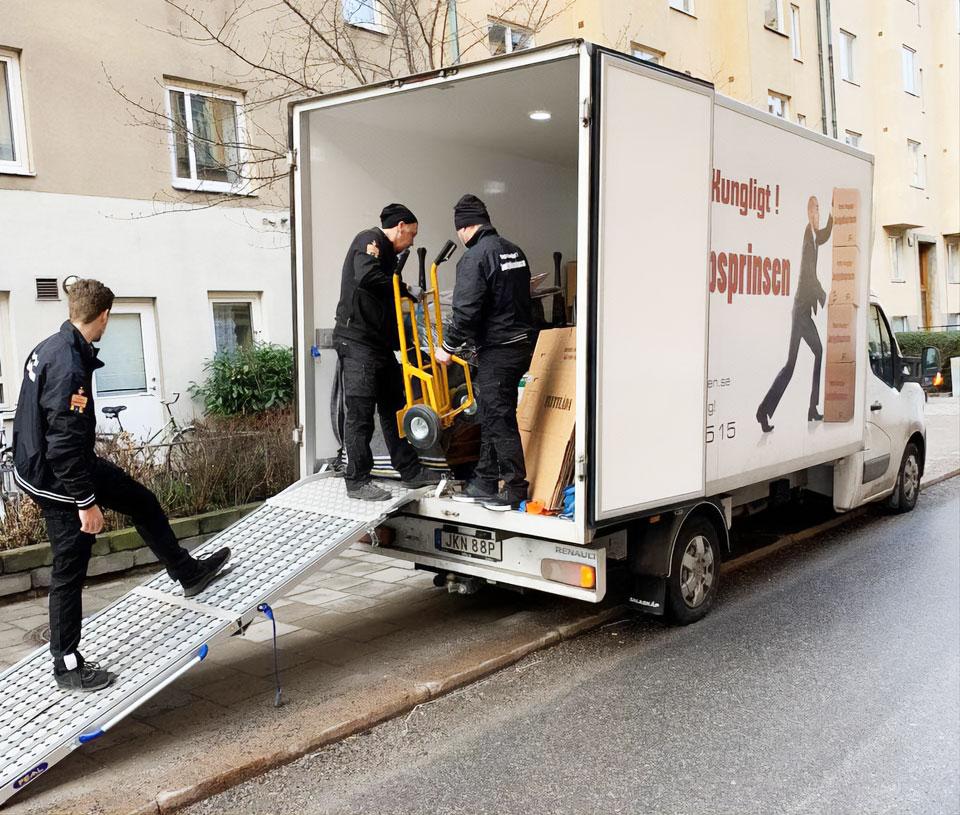 flytt med Jordgubbsprinsen Flyttfirma i Stockholm