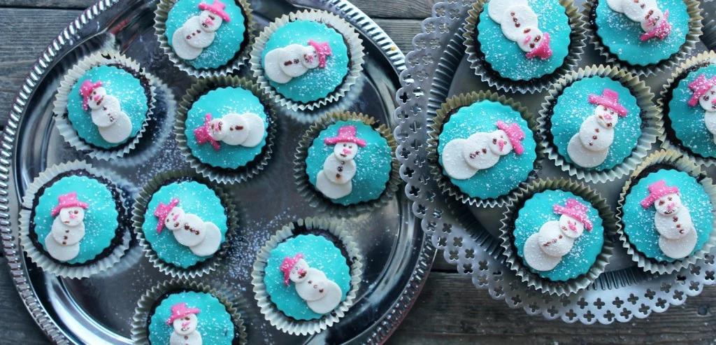 Glutenfria chokladcupcakes med jultema