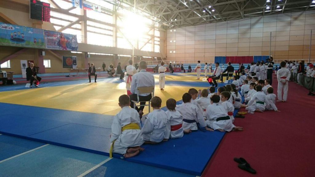 sports competition championship karate kata black belt dojo tatami karate kid kumite t20 JaABrQ