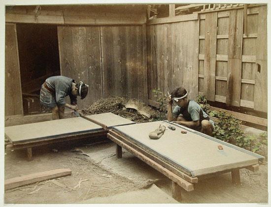 Men_Making_Tatami_Mats_1860_-_ca._1900