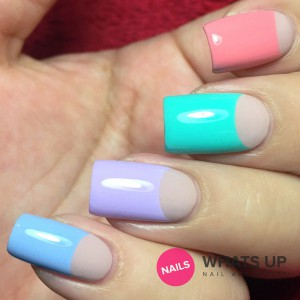 whatsupnails-circle-tape-swatch grande