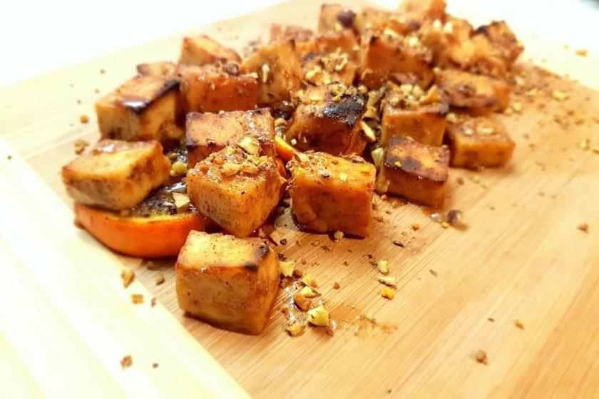 1 20171217 154307 840x560 - Korzenne tofu serwowane na pomarańczy, z prażonymi kasztanami i pyłkiem kwiatowym