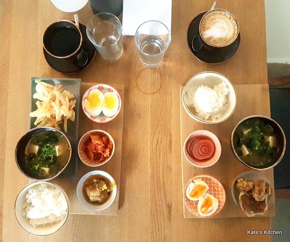 Ka Udon Bar śniadanie