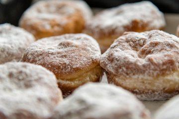 donuts 3944124 1920 360x240 - Pączki. Najlepszy przepis.