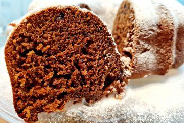 20210323 183405 scaled 360x240 - Ciasto kakaowe z żurawiną i orzechami