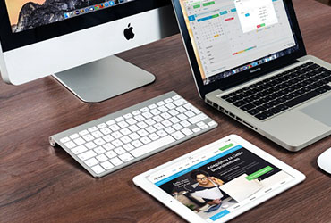 apple-laptop-notebook.jpg