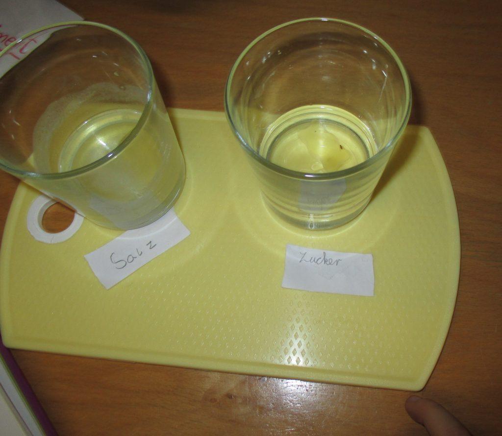 "Kinderhort ""Bunte Kleckse"" Raisting - Gummibärchenexperiment 3"