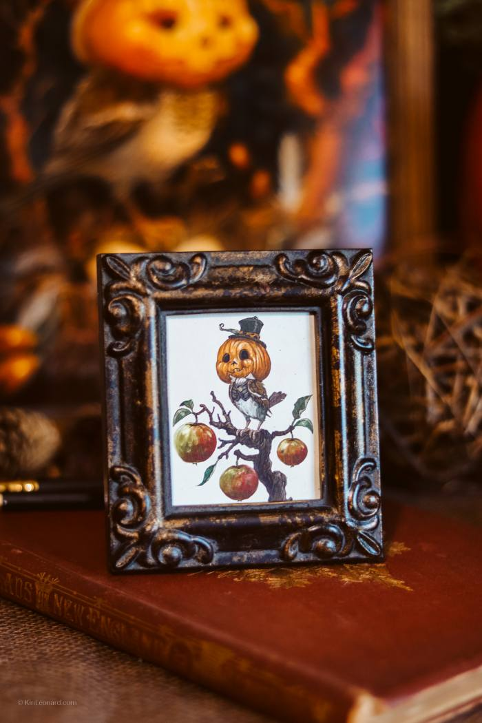 Framed Mini: The Dapper Pumpkin Sparrow by Kiri Leonard