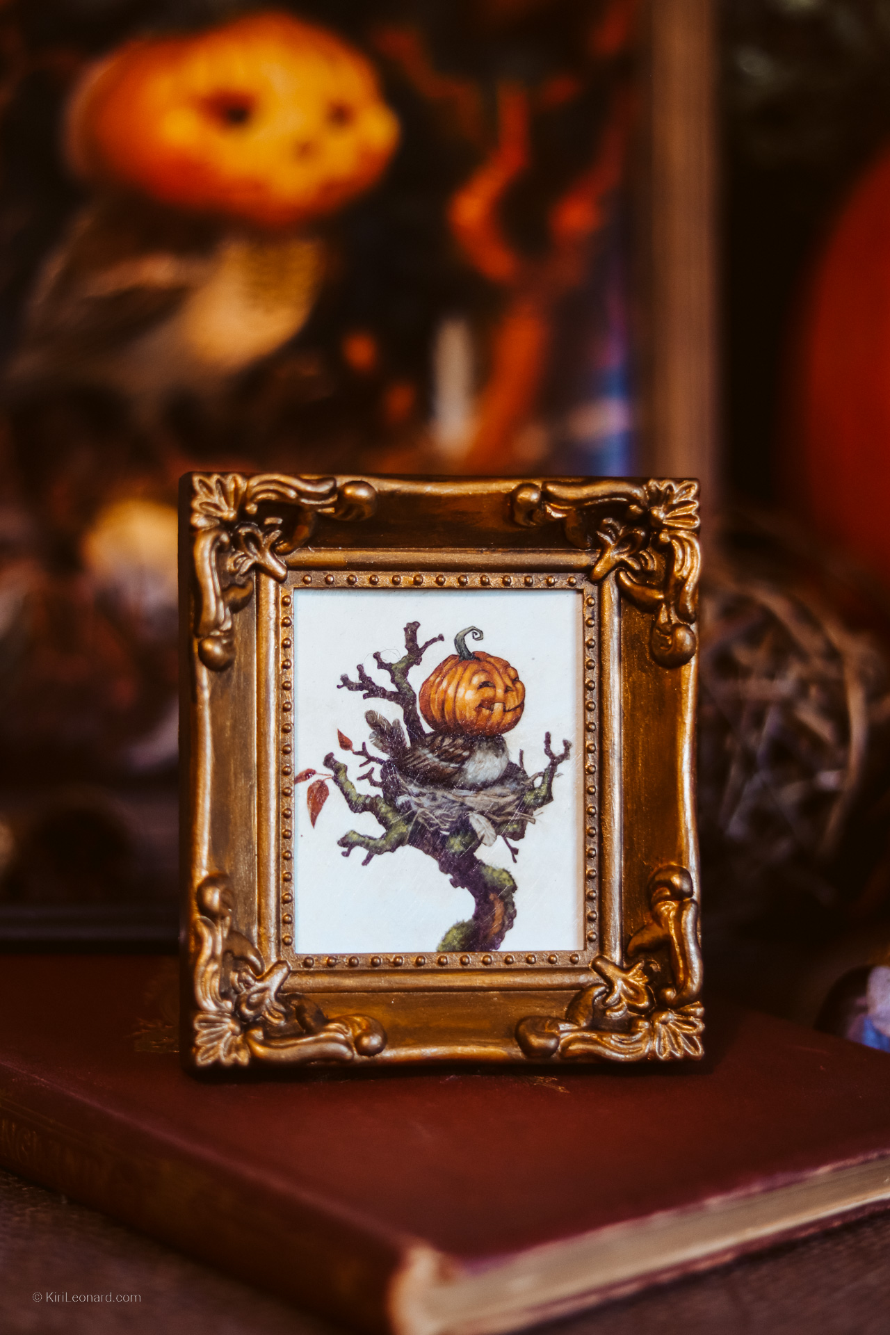 Framed Mini: The Happy Pumpkin Sparrow by Kiri Leonard