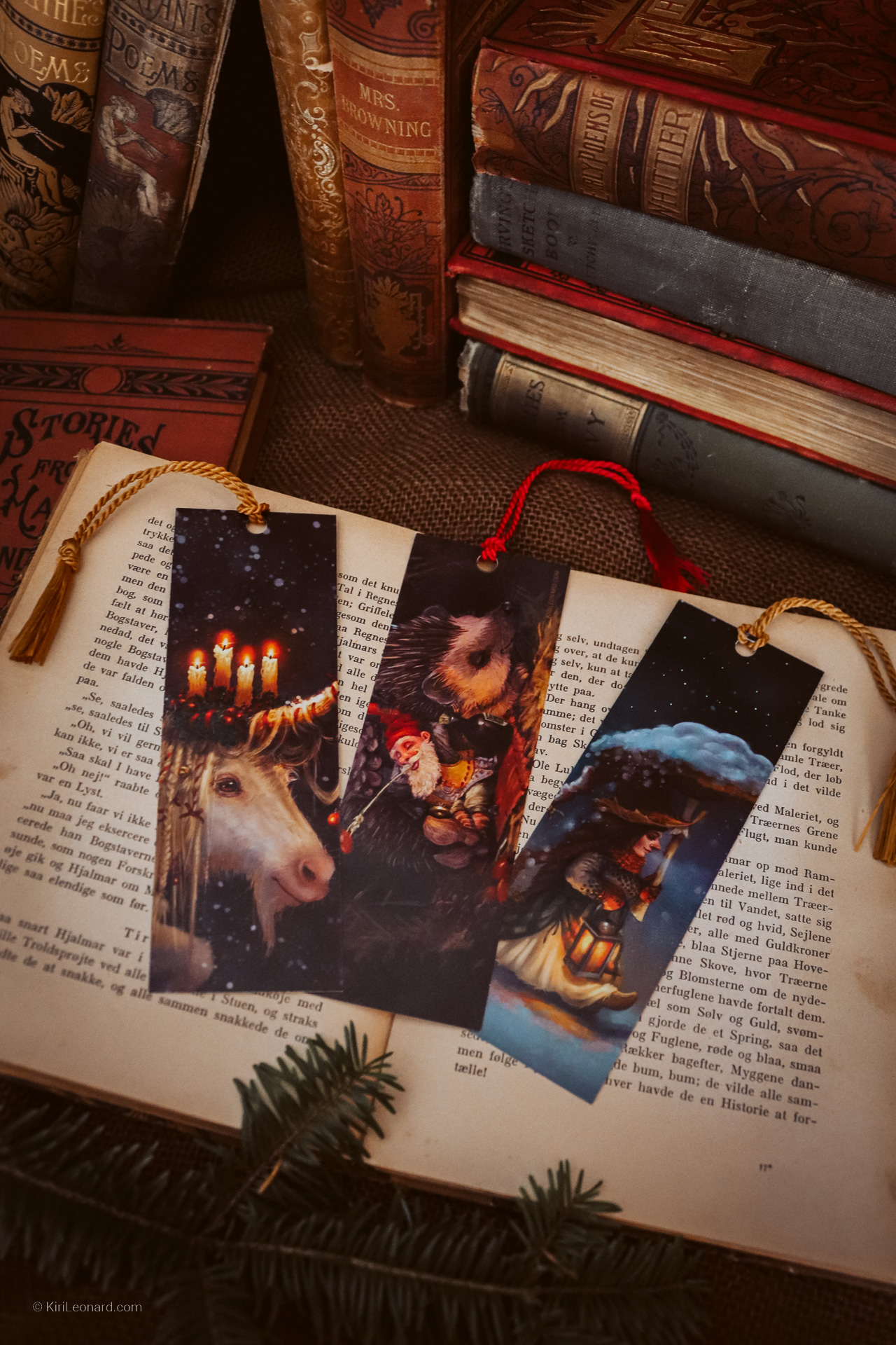 Yuletide Bookmark Set by Kiri Leonard