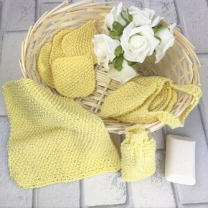 Eco Friendly Wipes Knitting Kit in cotton