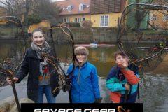 Donation fra Savage Gear til vandplejen