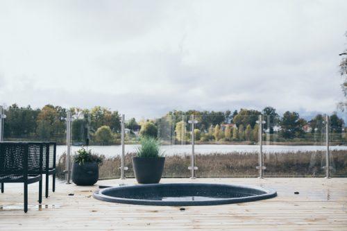 altan med nedsänkt pool snickare korneliussens bygg eksjö