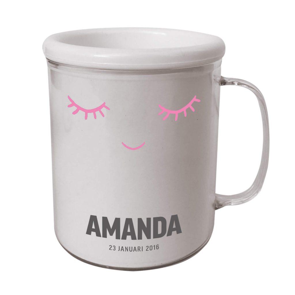 Personlig rosa barnmugg med ögon.