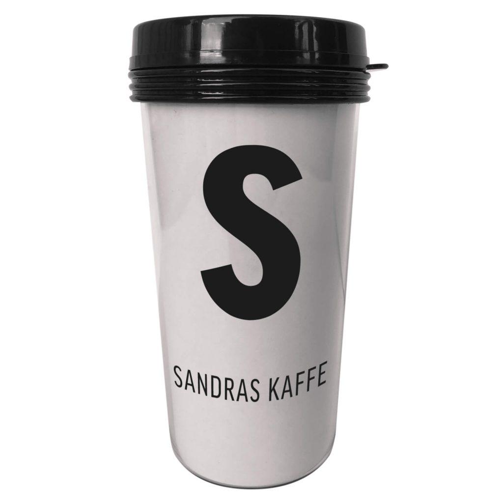 personlig termosmugg kaffe med bokstav.
