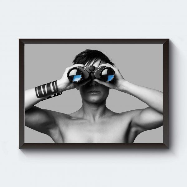 Kikare i svartvitt fotokonst