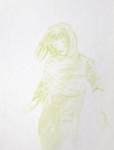 Tusche auf Papier, ein Mädchen mit Kapuze auf dem Kopf in grün