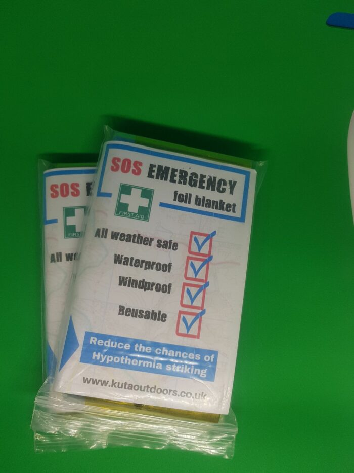 Emergency waterproof and windproof personal safety blanket