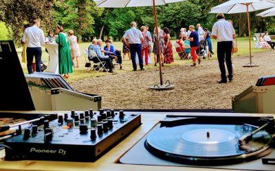 Les questions à poser à votre DJ pour votre mariage