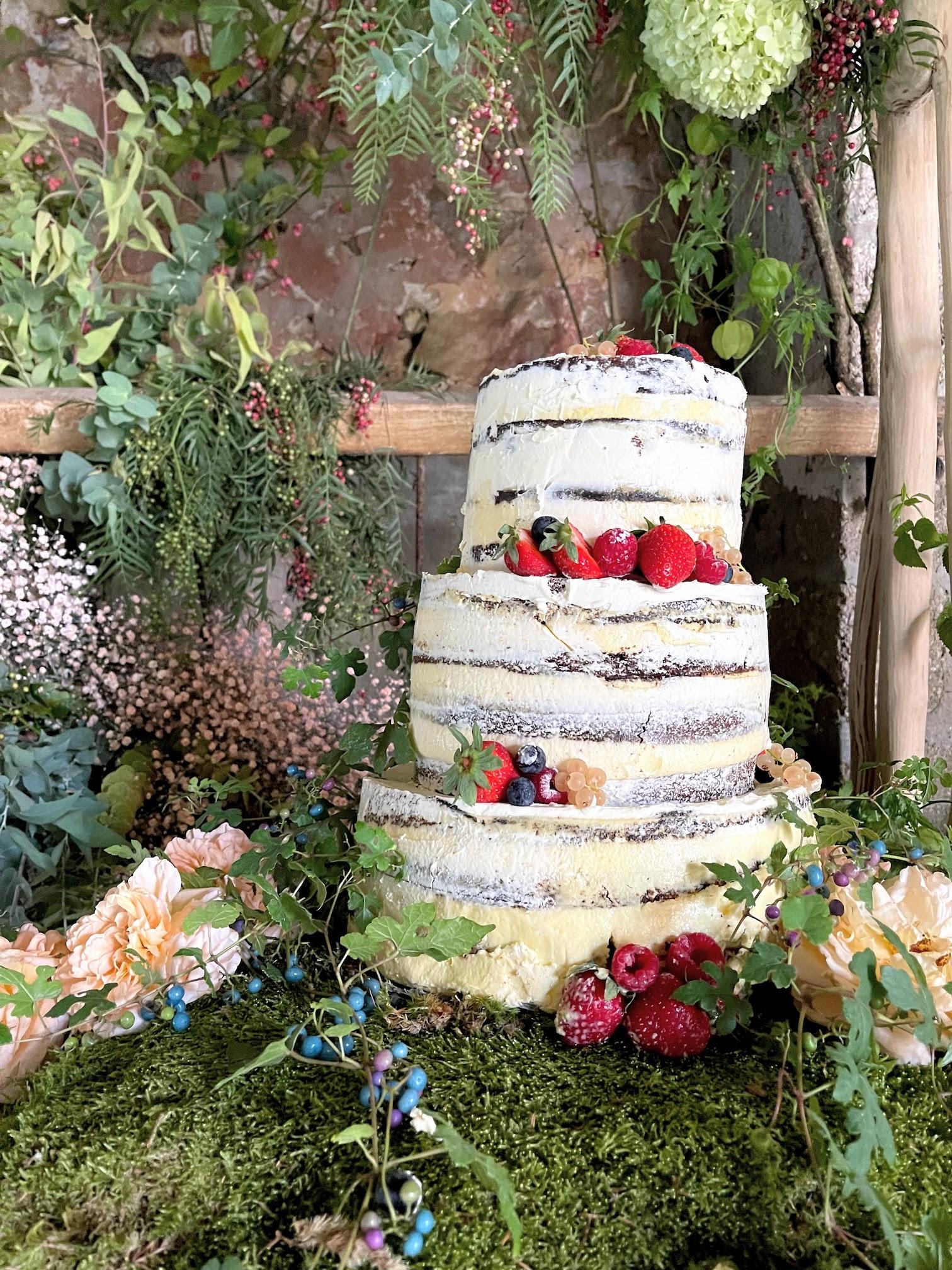 Le naked cake pour votre mariage champêtre