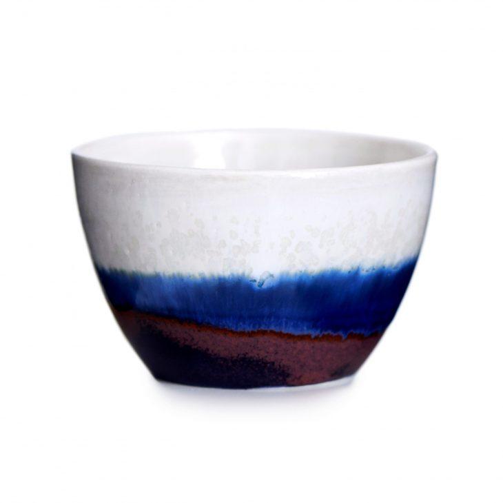 Håndlavet skål blå striber porcelæn keramik Lena Pedersen København dansk design