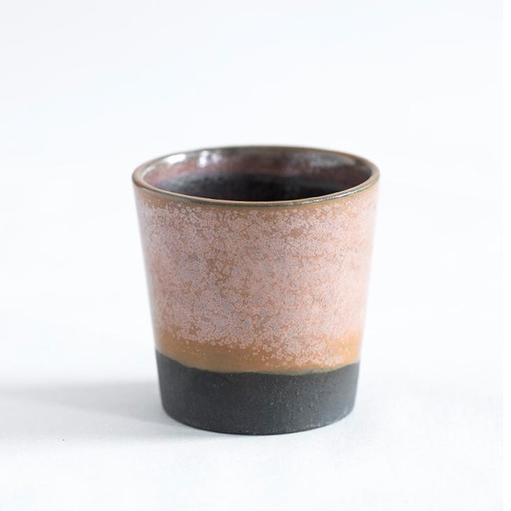 Espressokop I Sort Ler Med Rosa Glasur