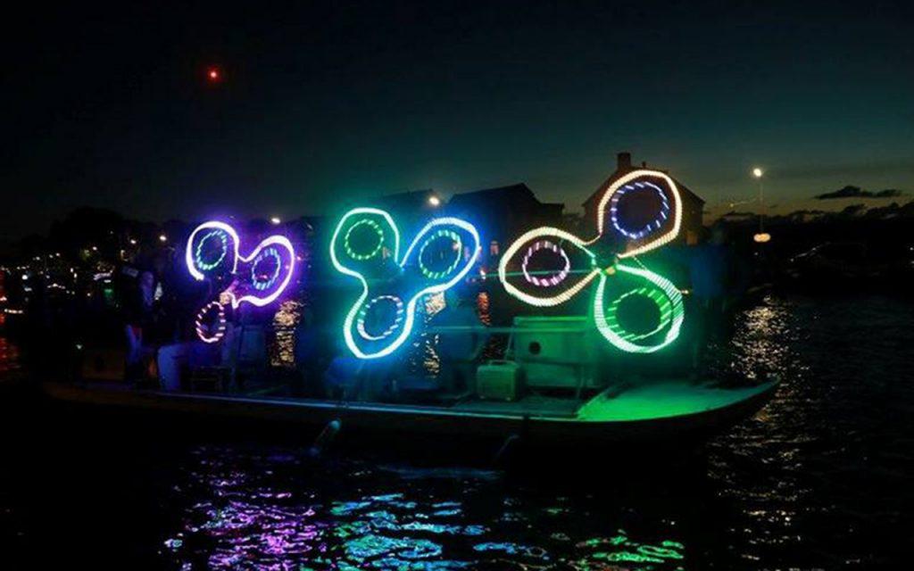 vuur-en-licht-op-het-water-aalsmeer