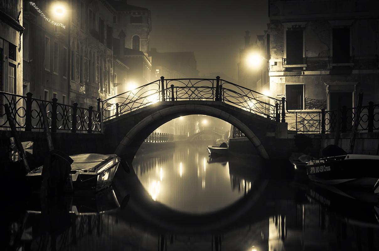 Bro i kanal bybillede