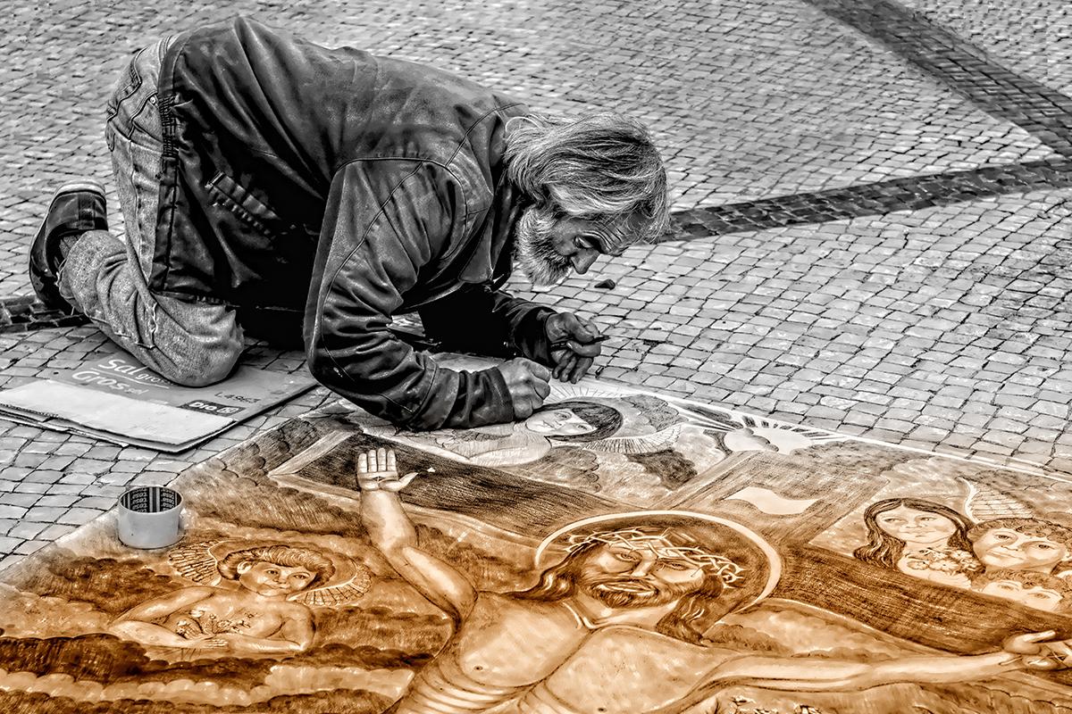 Mand gademaleri på brosten