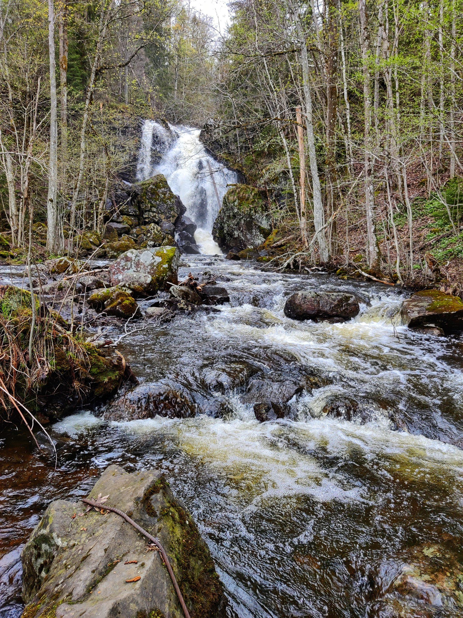 Semsvann - waterfall