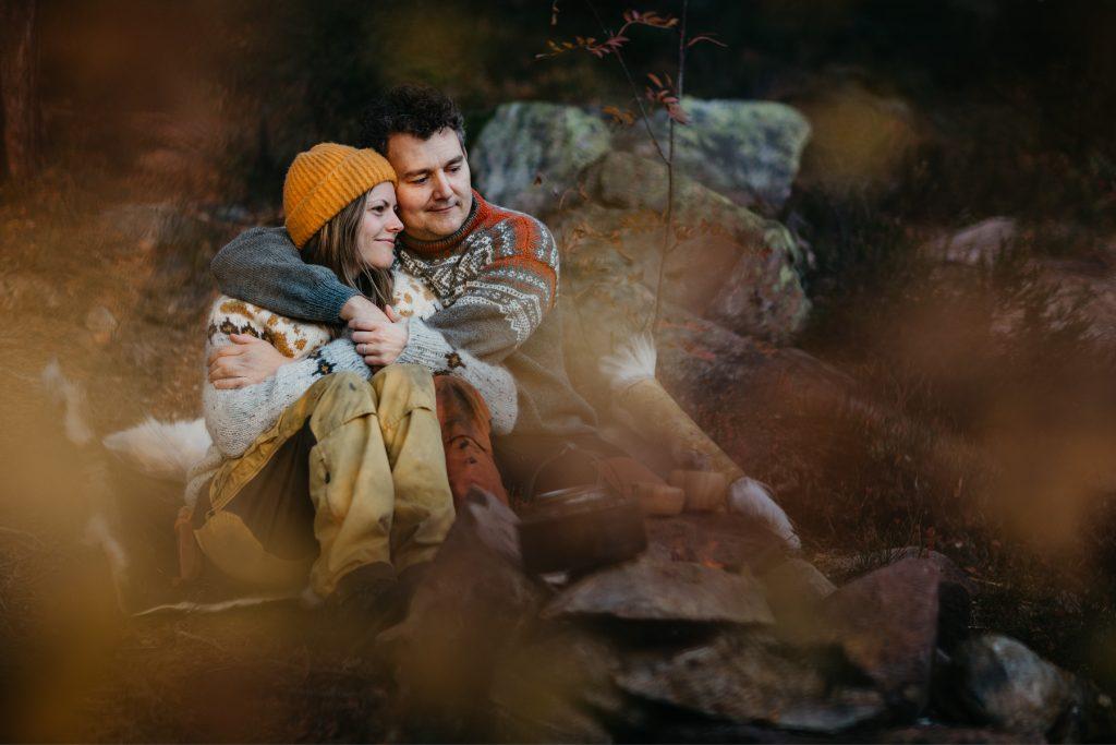 Maiken+KimRoar - skogstur, bål, campfire, engaged, engagement session, norwegian shoot, hengekøye, hammock, kjærestefotografering, forlovet - 19