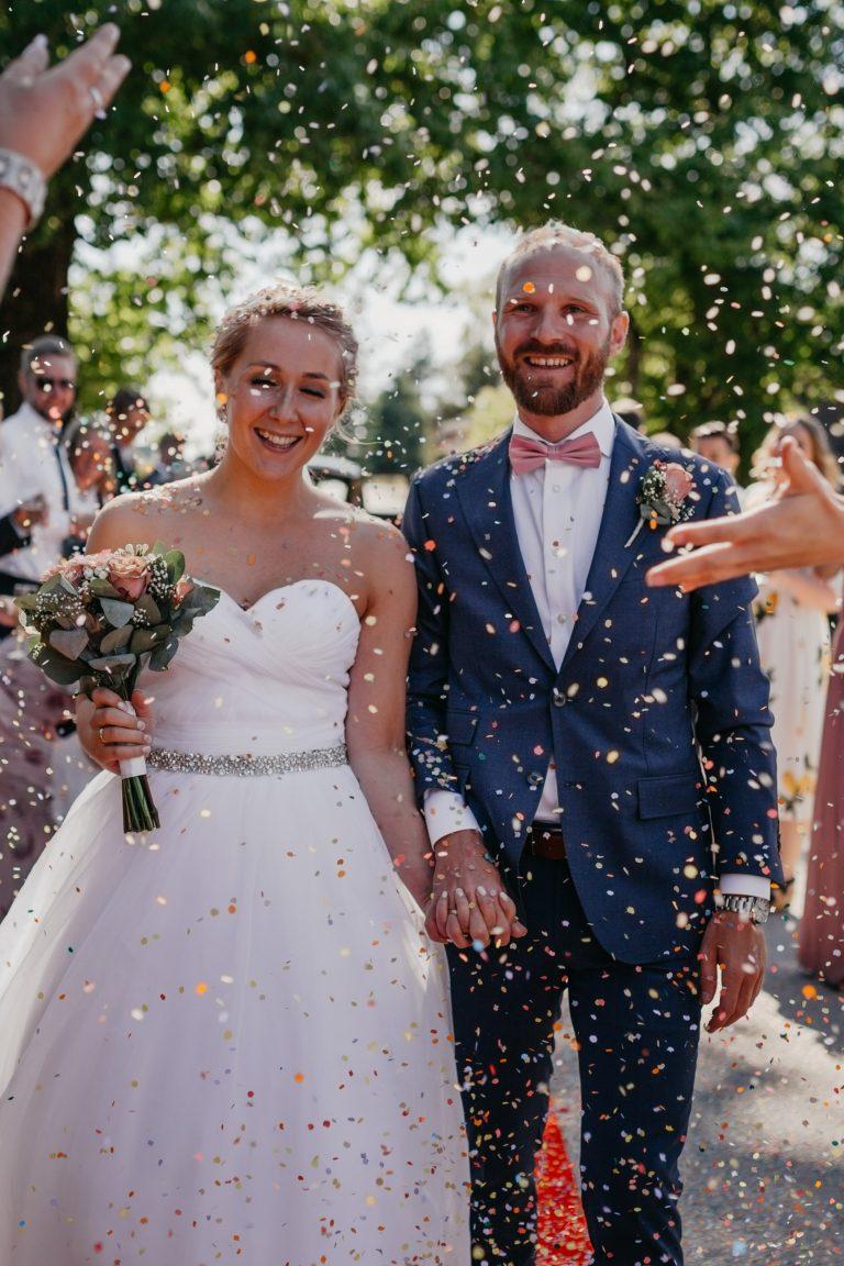 konfetti-bryllup-rispapir-miljøvennlig-nedbrytbart