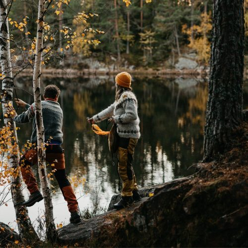 Maiken+KimRoar - skogstur, bål, campfire, engaged, engagement session, norwegian shoot, hengekøye, hammock, kjærestefotografering, forlovet - 23