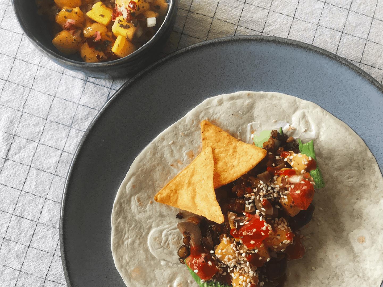 Tempeh tacos med mangosalsa