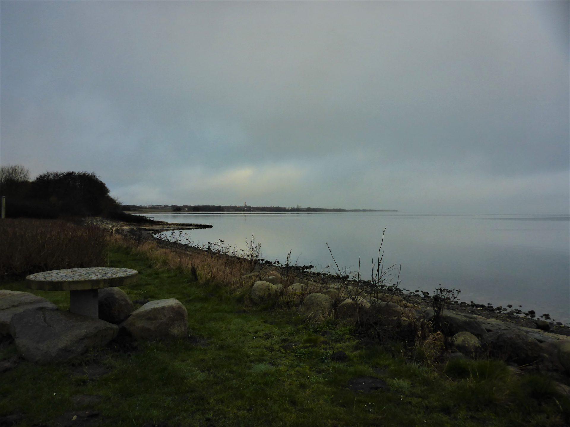 Vinderupvej Frimærket er en spændende og let tilgængelig fiskeplads i Limfjorden til lystfiskeri efter havørred.